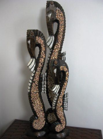 Stefan the wooden seahorse set