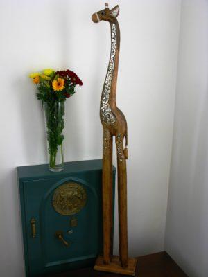 Gertrude the wooden giraffe 150cm