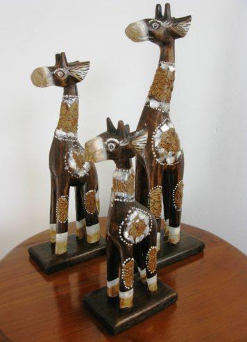 Gerard the wooden giraffe set