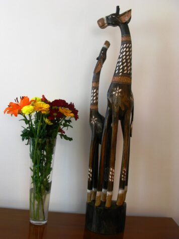 Gillian the wooden giraffe 100cm